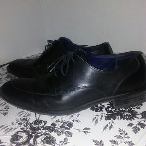 Cole Haan Shoes - Cole Haan split toe black leather oxfords